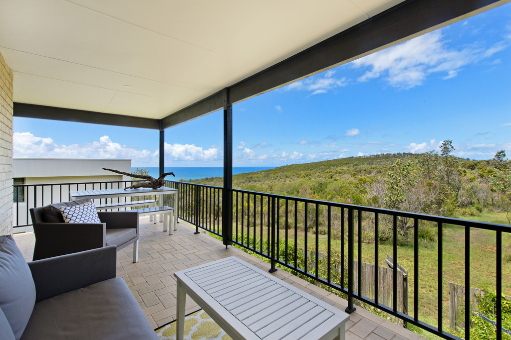 Back deck Apricari oasis by the sea Bonny Hills