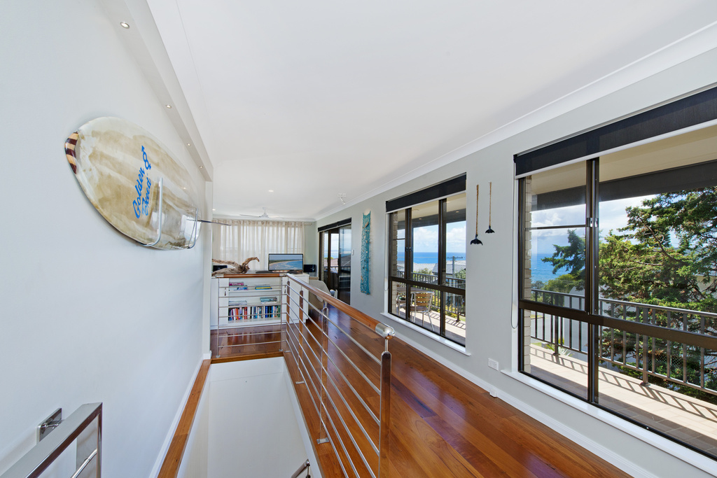 Upstairs open plan Apricari oasis by the sea Bonny Hills